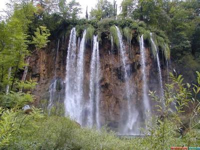у этих водопадов появилось
