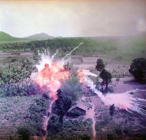 Вьетнамская война: как на самом деле воюют американцы (7 фото)