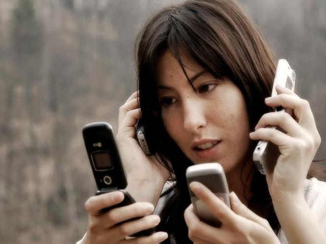 http://russian7.ru/wp-content/uploads/2014/04/adiccion-a-los-smartphones-663x498.jpg