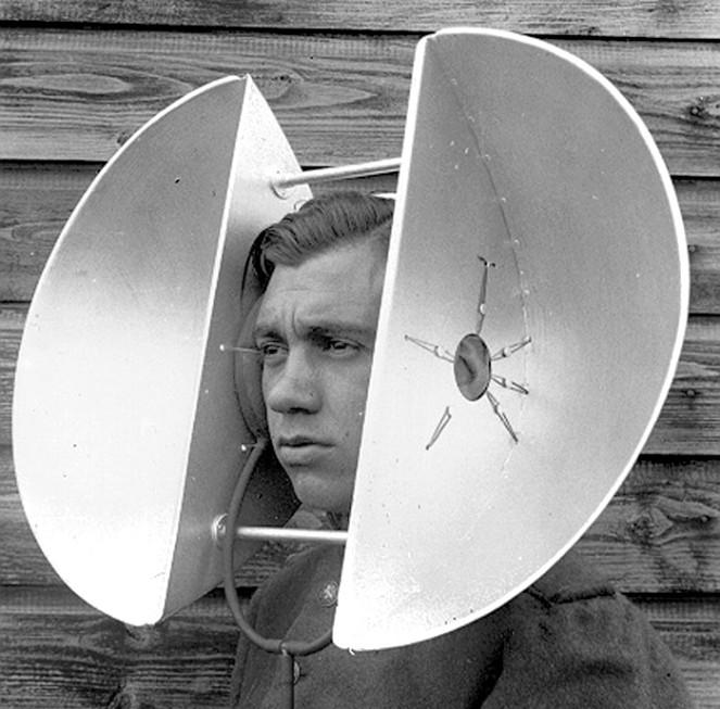 http://russian7.ru/wp-content/uploads/2014/04/hearing-aid-663x653.jpg
