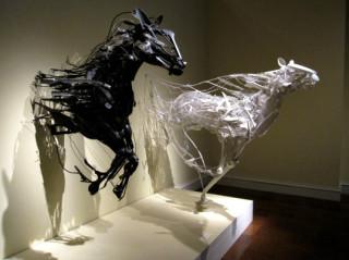 http://russian7.ru/wp-content/uploads/2014/04/sayak-ganz-garbage-sculptures-1-320x239.jpg