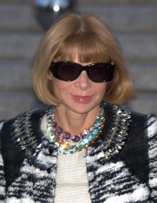 http://russian7.ru/wp-content/uploads/2014/05/Anna_Wintour_Shankbone_2010_NYC-320x413.jpg