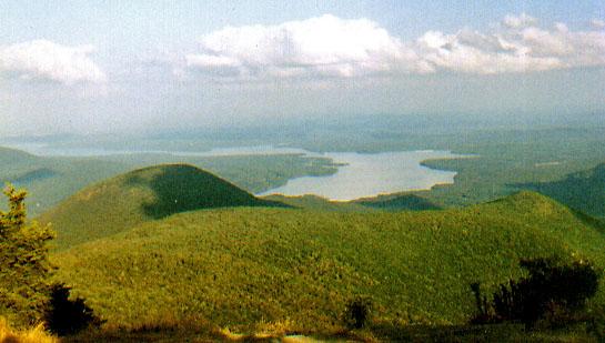 http://russian7.ru/wp-content/uploads/2014/06/Ashokan_Reservoir_from_Wittenberg.jpg