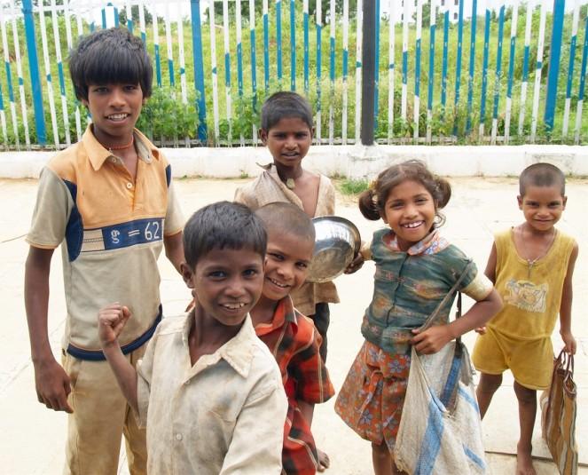 Как воспитывают детей в других странах (6 фото)