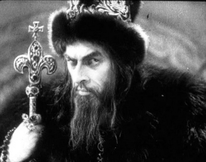 Как Иван iv стал грозным Русская семерка Иван iv был не единственным грозным царем в русской истории Грозным же называли и его деда Ивана iii который кроме того имел также прозвища