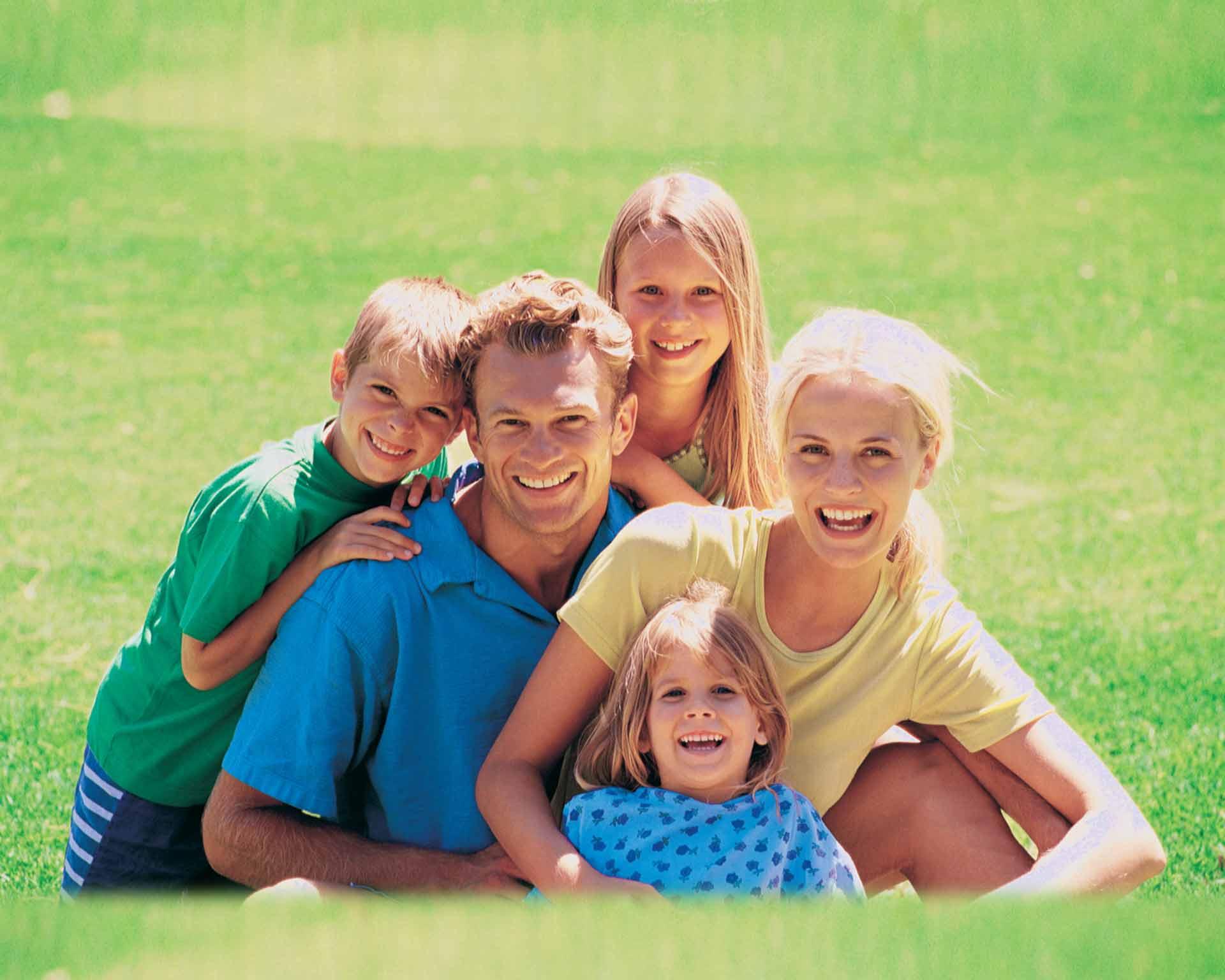 Семейный нудізм фотографии 13 фотография