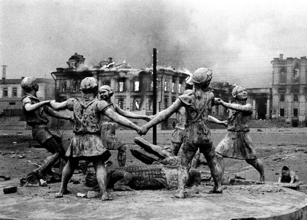 сталинград после войны фото