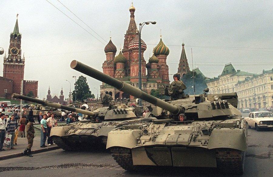 Почему август в России считают апокалиптическим месяцем