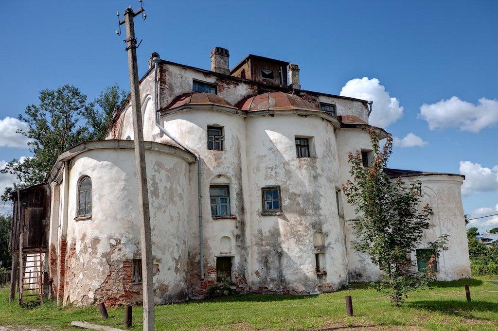 Церковь «Ильи на Славне» в России