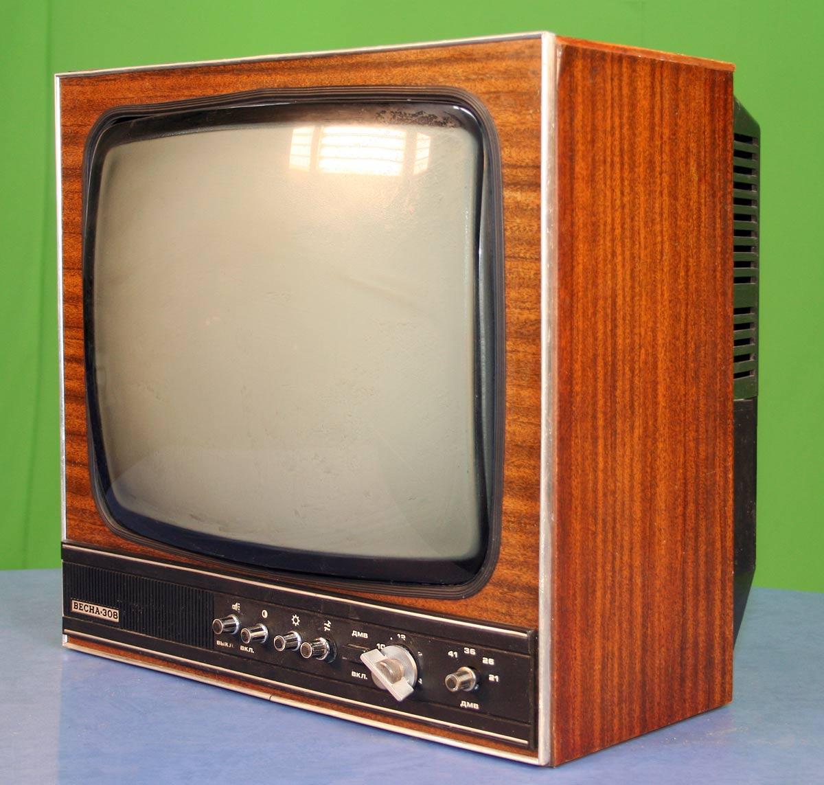разного размера картинки телевизоры советского союза разные может