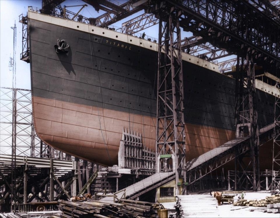 Construction-of-the-ships-bow.