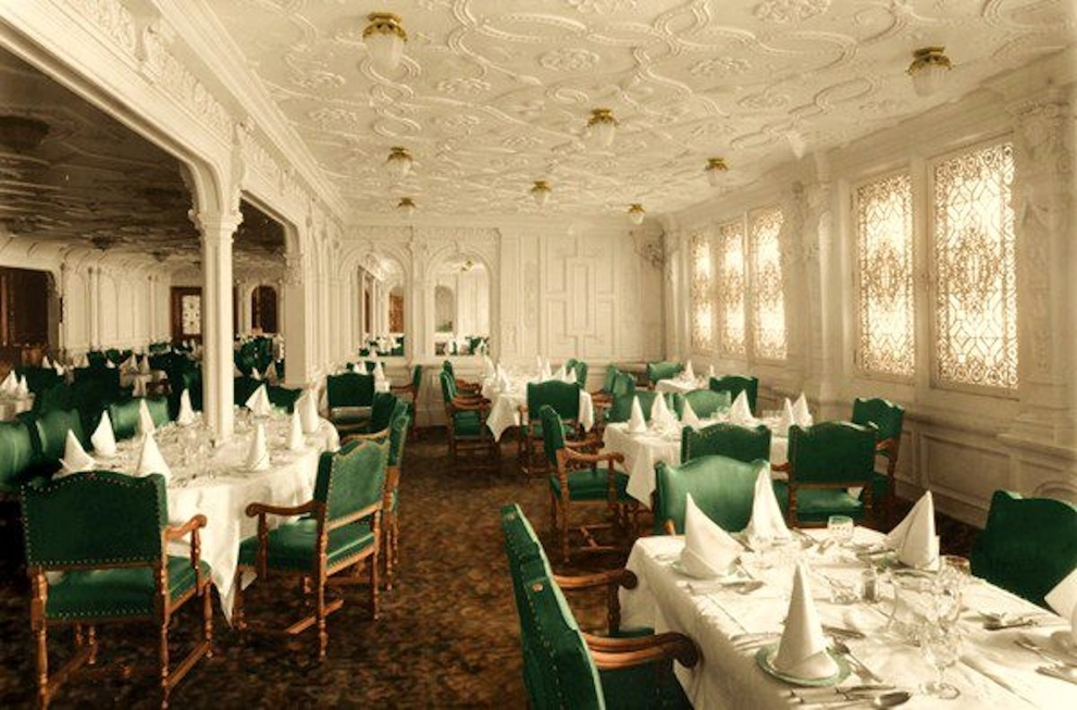 The-first-class-dining-saloon-at-over-114-feet-was-the-largest-room-on-the-ship-and-could-accommodate-up-to-554-passengers.