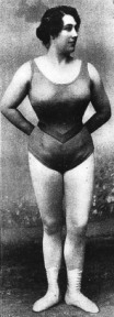 iron-athleta-lhart