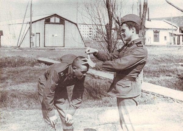 Вспоминающие армейскую службу