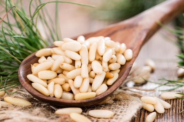 При каких заболеваниях нельзя употреблять кедровые орехи