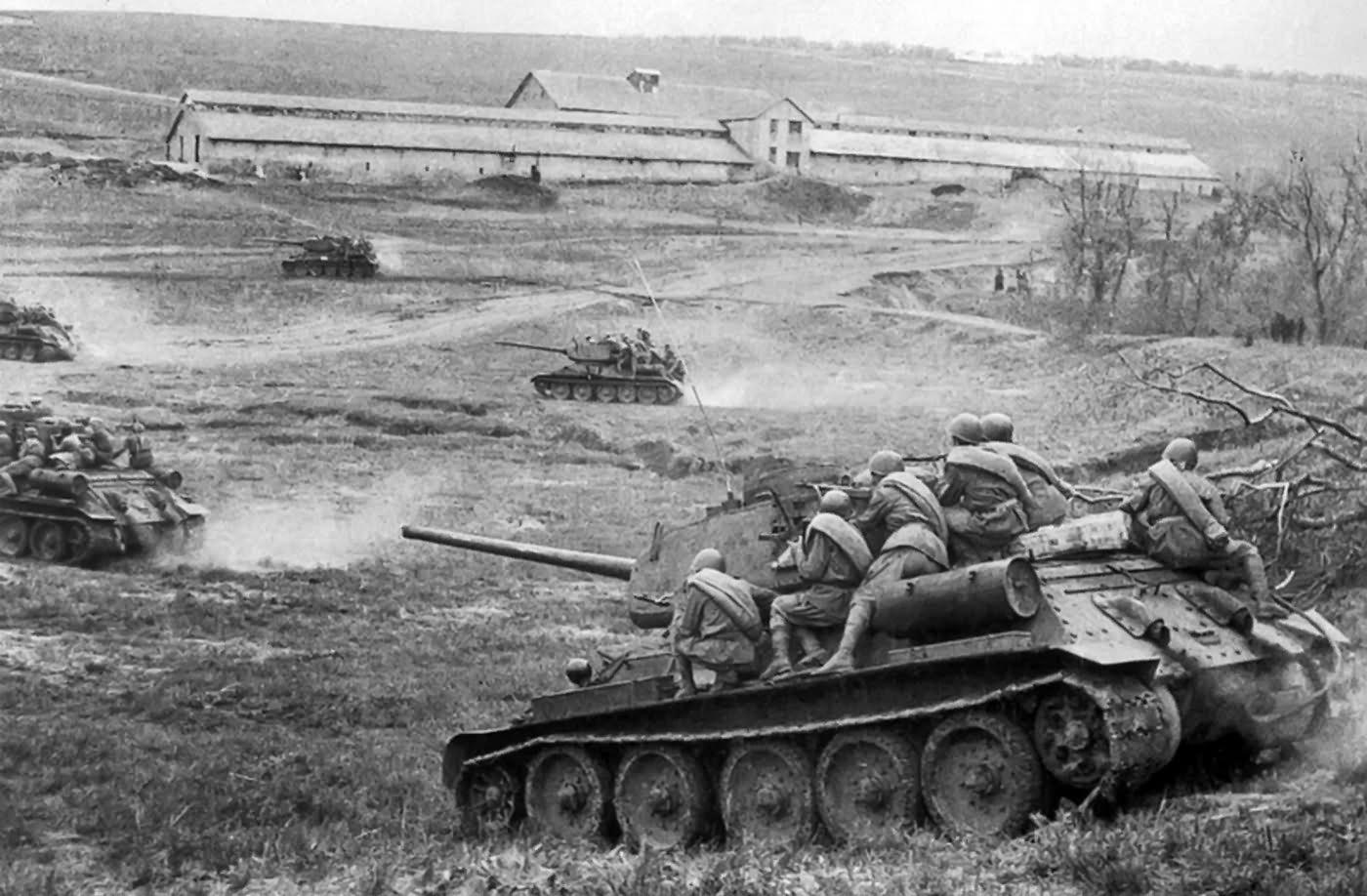 Новые, танковое сражение на курской дуге у деревни прохоровка картинки