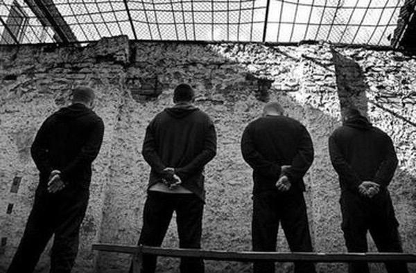 Луценко: Україну намагаються наповнити кримінальним елементом з Росії