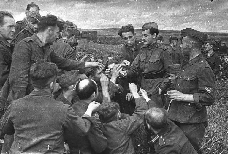 пленные немцы в новосибирске новогодние