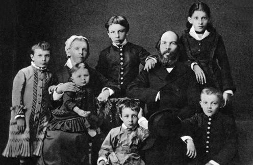 Рок Ульяновых: что стало с братьями и сестрами Ленина