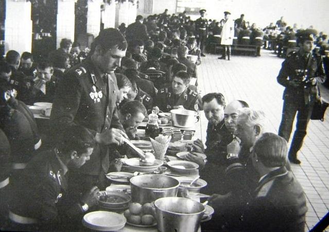 Где в Советской армии кормили лучше всего