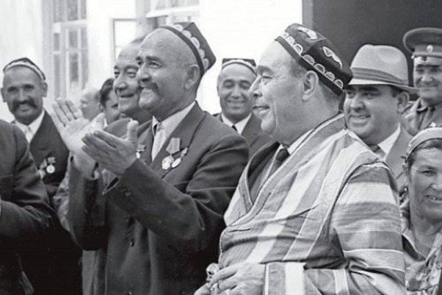 Как в Советском Союзе определяли национальность. Когда отменили графу национальность