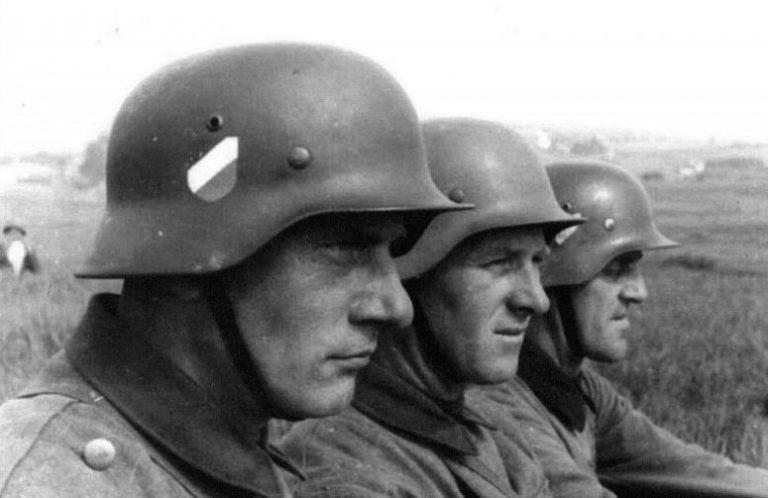 У немецких солдат есть ″личный адвокат″ | Анализ событий в ... | 498x768