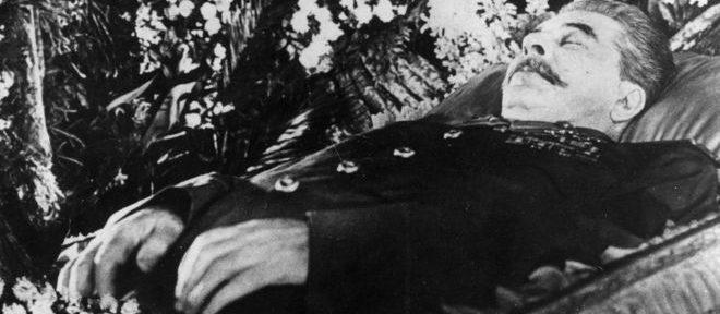 Почему для похорон Сталину сшили специальные трусы