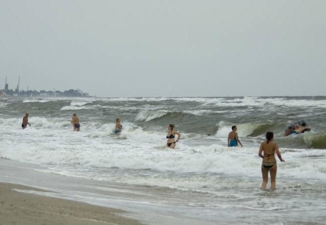 Азовское море: почему оно очень опасно для пловцов | Русская семерка