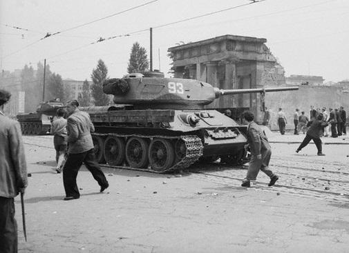«Русские, убирайтесь домой!»: как Берия подавил бунт немцев в 1953 году!?