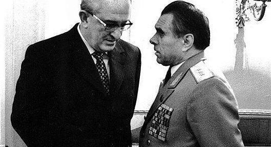 Почему 10 сентября 1982 года в течение 2 часов в СССР не работала телефонная связь